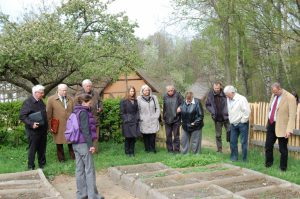 Im LVR-Freilichtmuseum Kommern wurden mit Unterstützung der Museumsmitabeiter im Herbst 2010 Vermehrungsbeete angelegt. Am 14. April 2011 wurde das Projekt dem Ökologischen Beirat des Museums vorgestellt.